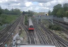 Piccadilly line (Hayashina) Tags: london tube piccadillyline tracks train
