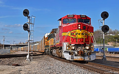 "Southbound Local in Kansas City, MO (""Righteous"" Grant G.) Tags: bnsf atsf santa fe ge power locomotive ns norfolk southern kansas city missouri kct junction searchlight signal south southbound local freight transfer"