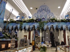 Chicago, Macy's Spring Flower Show, Once Upon Springtime (Mary Warren 10.7+ Million Views) Tags: chicago onceuponspringtime macys flowershow store winter ice icemountain icicles blue macysspringflowershow