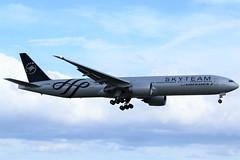Here is Air France(Skyteam Livery) F-GZNN (shumi2008) Tags: airfrance airfrance777 airfranceskyteamlivery boeing77w b777 b777300er skyteammember toronto torontopearson pearsonairport yyz cyyz