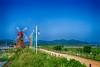 SYS_8009h24 (Daegeon Shin) Tags: nikon d850 nikkor 50mm 50mmf12 landscape paisaje sky cielo molino windmill corea korea haman mf manualfocus 니콘 니콘렌즈 풍경 하늘 풍차 경남 함안 수동 수동렌즈 camino way 길