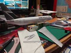 IMG_20180120_012306 (Hipo 50's Maniac) Tags: boeing 737800 westjet papercraft 1100 scale by paperreplikacom paper model aircraft jetliner plane 737 next generation