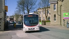 Rosso 1607 (YN06NXZ) 19042018 (Rossendalian2013) Tags: transdevblazefield transdev rossendaletransport rosso bus rawtenstall scania l94ub wright solar yn06nxz readingbuses