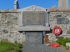 The parish of Slains War Memorial, Collieston, Aberdeenshire, SEP 2013 (allanmaciver) Tags: slains war memorial collieston aberdeenshire north east coast scotland granite memory lestweforget weaths red remember service sacrifice 1914 1919 1939 1945