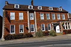 Royston, The Manor House (Dayoff171) Tags: gbg hertfordshire uk unitedkingdom boozers pubs publichouses europe england greatbritain royston wetherspoons themanorhouse gbg2018