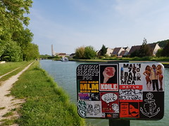 Toi moi et les autres (artporn_) Tags: sticker streetart collage adhesive 720crew mca malin720 bat720 fenek art streetlife flickr google picture tag graffiti graffitiart handstyle