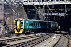 158823 - Birmingham New Steet - 05/05/18. (TRphotography04) Tags: arriva trains wales 158823 departs birmingham new street with 1g45 1330 aberystwyth pwllheli