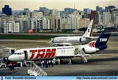 TAM Linhas Aéreas - PT-MRL (Aviacaobrasil) Tags: reinaldodeckleva tam fokker100 aeroportodecongonhas
