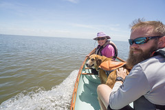 Sandra, Sampson & Justin at the WCTSS Cedar Key Meet May 2018 (dsrphotography) Tags: cedarkey clams cooking florida sailing solar