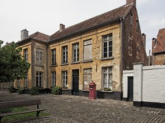 20180512 LRU Lier 112 (leonruwette) Tags: stichtingkunstencultuurleudal lier begijnhof oudkerkhof