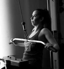 Gym Portrait (Wiley C) Tags: workout weightlifting portrait bw blackwhitephotos calstatefullerton campus california april2018