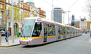 LUAS Dublin: Green Line 5030 northbound in O'Connell Street at the Abbey Street crossing