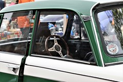 green and white (Artee62) Tags: canon eos 7d kingscross classiccar market