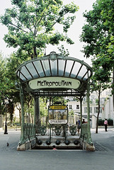 Paris, France, 1995 (elevenmonthsinexile) Tags: artnouveau chinongenesisiii europe film france green hectorguimard metropolitan paris trainstations