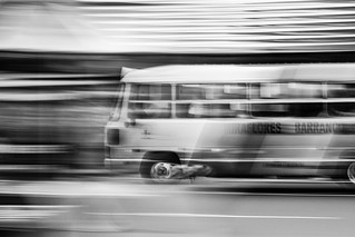 Panning - The Bus to Barranco