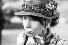 Pensive (frank.gronau) Tags: sweet beauty beautiful nachdenklich pensive black white weis schwarz hut porträt girl woman mädchen frau alpha sony gronau frank
