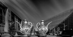 Tea Time (ΨᗩSᗰIᘉᗴ HᗴᘉS +23 000 000 thx) Tags: bruxelles brussels tea road belgium europa aaa namuroise look photo friends be wow yasminehens interest intersting eu fr greatphotographers lanamuroise tellmeastory blackandwhite bw