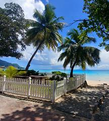 Beau Vallon (vic_206) Tags: lgg6 seychelles mahe water sea mar