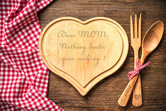 Mother's day gift idea (frontsignsllc) Tags: frontsigns signs mothersday mom love care gift present flickr cuttingboard board heart