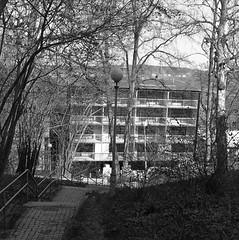 New building (rotabaga) Tags: sweden sverige svartvitt göteborg gothenburg lomo lomography lubitel166 mediumformat mellanformat fomapan r09 120 6x6 twinlens