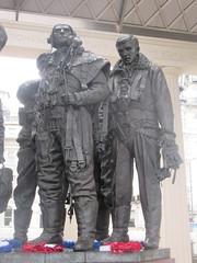 Bomber Aim (left) and Wireless Operator (right), RAF Bomber Command Memorial, Philip Jackson (Sculptor), Hyde Park Corner, London (f1jherbert) Tags: canonpowershotsx620hs canonpowershotsx620 canonpowershot sx620hs canonsx620 powershotsx620hs canon powershot sx620 hs powershotsx620 powershoths londonengland londongreatbritian londonunitedkingdom greatbritain unitedkingdom london england uk gb great britain united kingdom sculptures art sculptors