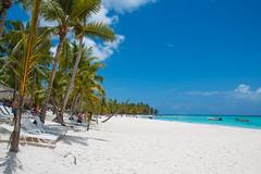 Saona Island - Beach & Sun (Le Vieux Geek) Tags: canoneos70d efs1755mmf28isusm facebook flickr puntacana saona caraïbes mer nature paradis paysage plage repdom republiquedominicaine