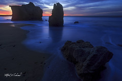 Malibu Moody Blues_MG_0462 (Alfred J. Lockwood Photography) Tags: alfredjlockwood nature landscape seascape seastack twilight dawn sunrise morning winter elmatadorstatebeach malibu clouds pacificocean southerncalifornia californiacoast pacificcoast water
