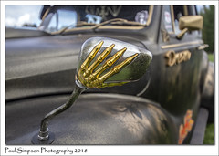 Hold your mirror (Paul Simpson Photography) Tags: paulsimpsonphotography britishcar carshow cars transport sonya77 wingmirror hand bones skeleton oldcar classiccar imagesof imageof photoof photosof england transportshow monster monsters scary scarey