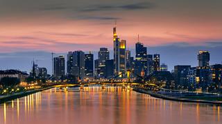 Frankfurt Skyline in orange