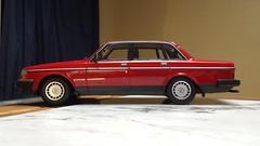 1986 Volvo 240 GL (Foden Alpha) Tags: volvo 240 gl 118 minichamps