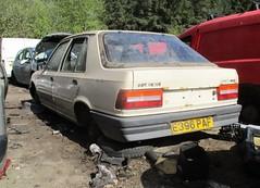 1987 Peugeot 309 Style Plus #2 (occama) Tags: e396paf peugeot 309 style plus beige 1987 old car cornwall uk scrap scrapyard