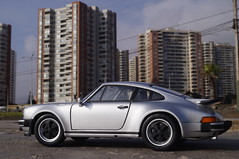 1974 Porsche 911 Turbo 3.0 1/24 diecast made by Welly (rigavimon) Tags: diecast miniaturas 124 porsche 1974 911 welly miniature