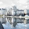 Reflets (2D110) Tags: quartier maisons reflets canalstmartin leica paris