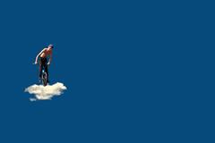 Ostacoli sormontabili (meghimeg) Tags: 2018 genova nuvola cloud ragazzo boy bici bike bicicletta