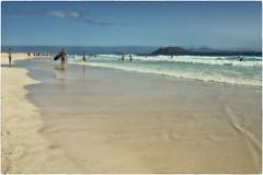 Corralejo Beach (Heinze Detlef) Tags: sonne wasser strand sand himmel menschen urlaub urlauber corralejobeach insel fuerteventura wellen wolken