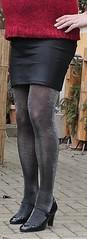 180220_06 (mathildecross) Tags: cd crossdress crossdressing crossdresser outdoor pantyhose pumps