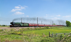 Flying Scotsman On Its Old Stamping Ground. (Neil Harvey 156) Tags: steam steamloco steamengine mainlinesteam railway steamlocomotive 60103 flyingscotsman shiptonbybeningborough beningborough york eastcoastmainline ecml thecathedralsexpress 1z72 pacificloco a3classpacific a3 gresleypacific lner gresley