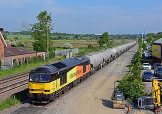 Colas Scottish Cement 60095 6L44 Oxwellmains to West Thurrock passes Through Burton Latimer