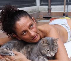 Mama e D (martinarrigoni) Tags: naturalight daylight afternoon home italy milano sunbath greeneyes blueeyes mother cat diesel mama