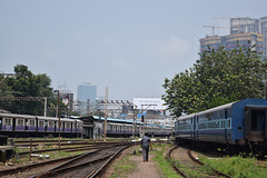 Mahalaxmi (Debatra) Tags: mumbai bct mahalaxmi mx bombay mumbaicentral bombaycentral bctdivn mumbaidivision westernrailway wr maharashtra india indianrailways ir suburban railways rail railroad railwaystation train tracks emu electricmultipleunit local electrictraction yard