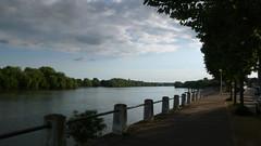 Un Dimanche à Oissel sur Seine (jeanlouisallix) Tags: rouen oissel seine maritime haute normandie france paysage nature panorama lancape rivière river cours deau eau fleuve berge