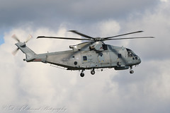 Royal Navy Merlin (Dougie Edmond) Tags: prestwick scotland unitedkingdom gb helicopter aircraft airport egpk military exercise joint warrior