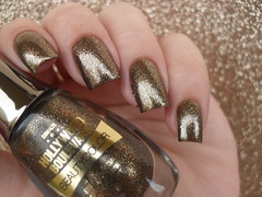 Beauty Color - Golden Gift (Barbara Nichols (Babi)) Tags: beautycolor goldengift dourado esmaltedourado esmaltemarrom gold goldnailpolish macromademoiselle