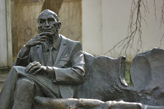 Estatua de Jan Karski (Cracovia - Polonia) (U2iano) Tags: jan karski cracovia krakov poland polonia kazimierz