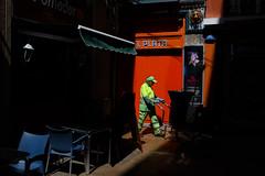 Zaragoza (jaumescar) Tags: zaragoza aragón spain shadow light color orange street photo urban city ciudad calle foto limpiador cleaner worker working