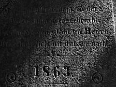 1863 (Mattijsje) Tags: ancient text tekst steen stone marble marmer oud old herinneringsplaat rememberance bw black white