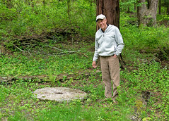 Jim Matteson with millstone (Madison Historical Society (CT-USA)) Tags: madisonhistoricalsociety mhs madisonhistory madison connecticut conn ct country connecticutscenes newengland nikond600 nikon d600 bobgundersen stone millstone old outside outdoor exterior historical history allisbushnellhouse abhouse antiques interesting image photo picture shoreline scene scenes people