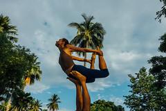 #06 (RAB THANASORN) Tags: streetphotography streetphotographer street streetphoto streetnowhere streetlife chiangmai thailand sony rx100 yoga rabthanasorn rab thanasorn