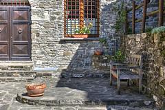 Corchia (PR) - un altro scorcio (Ale*66*) Tags: corchia scorcio italy muri wall windows