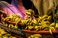 Tiger vs Bananas (Jared Beaney) Tags: canon6d canon tokyo tokyodisneyresort asia japan travel photography photographer tokyodisneyseas tokyodisneysea disney themeparks themepark amusementpark disneyparks disneyresort tokyodisney arabiancoast agrabah darkride chandu